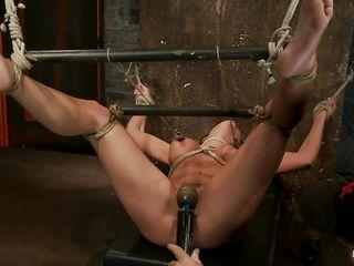 Порно бондаж сисек