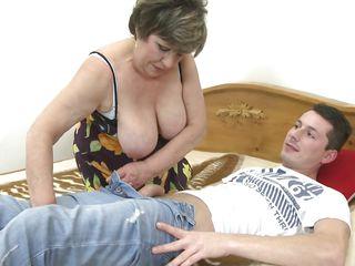 Порно жены отдыхают