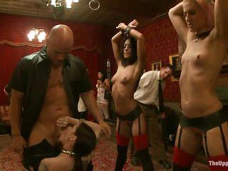 Пирсинг женских органов видео