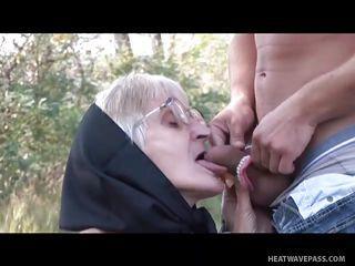 Домашнее муж снимает как трахают жену