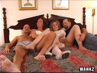 Домашняя групповуха смотреть онлайн