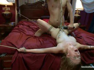 Грубый секс между 3 натуралами