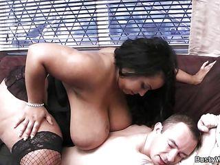 Большие сиськи любительское порно