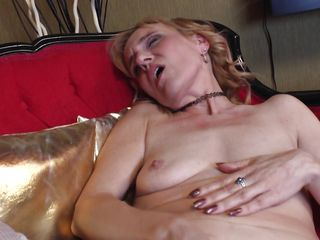 Порно муж снимает жену с любовником бесплатно