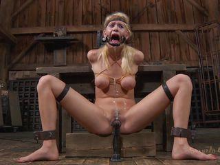 порно смотреть негр ебет блондинку