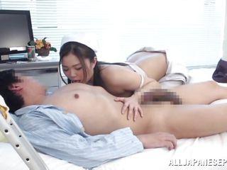 Медсестра сосет член видео