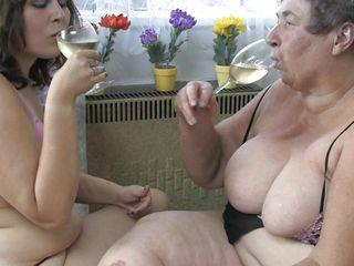 Порно анал со зрелыми немками