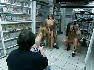 Порно 1080 крупным планом