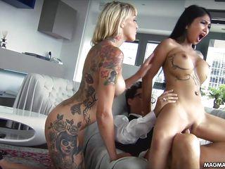Вылизал киску порно онлайн