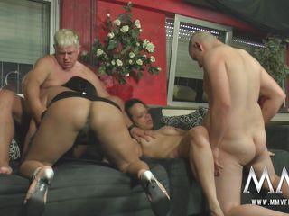 Любительское групповое порно видео онлайн