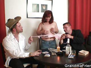 Смотреть порно со зрелыми немками бесплатно