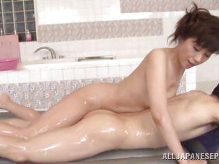 Порно с пожилыми небритыми бабами