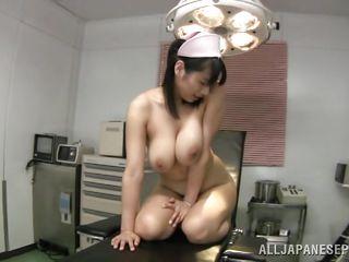 Порно натуральных мега сисек