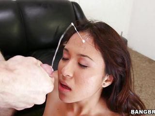 Порно подборка глотают сперму бесплатно