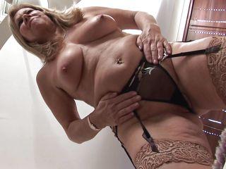 Жена снимает порно измену