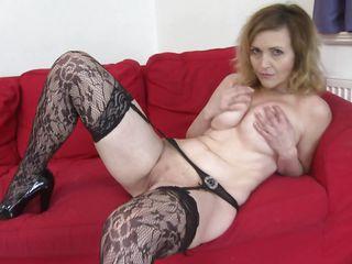 Жена в магазине нижнего белья порно фильмы