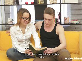 Домашний стриптиз русских девушек