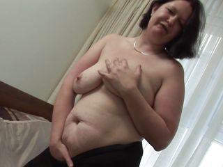 Порно маленькие сиськи в возрасте