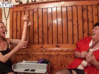 Домашнее порно зрелых русских женщин