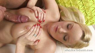секс с большегрудой блондинкой