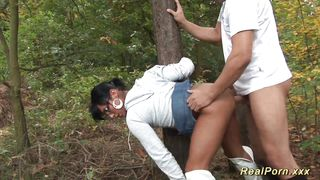 порно минет в лесу