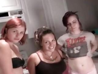 Писсинг после секса на лицо
