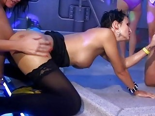 Порно грубая оргия