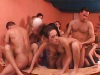 Секс толстые оргии
