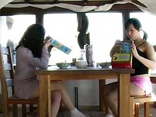 Жена ссыт во время секса видео
