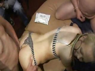 Порно групповуха оргия