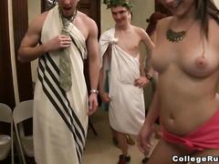 Попки лесбиянок видео