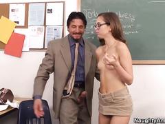 Жена работает проституткой порно