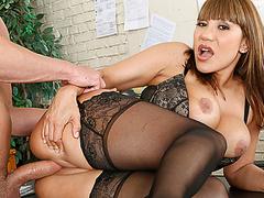 Первый секс целки видео