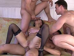 Русское порно стройная с большими сиськами