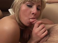 Порно тощие сиськи