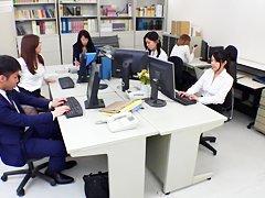 Японка домохозяйка измена порно