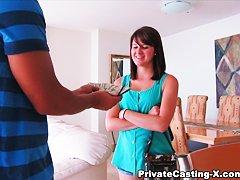 Страпон частный видео