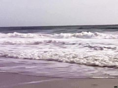 Отсосала на пляже порно