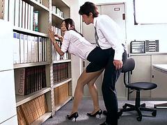 Порно секс в офисе видео