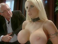 Смотреть порно муж и жена наказали домработницу