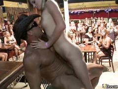 Порно хроника рабочего дня у проститутки