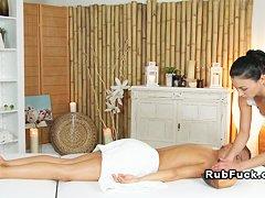 Смотреть без регистрации массаж