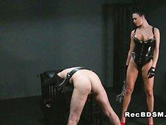 Порно госпожа раб страпон