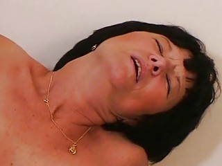 Порно фото зрелых брюнеток
