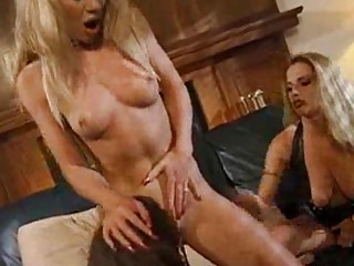 Секс лесбиянок бдсм