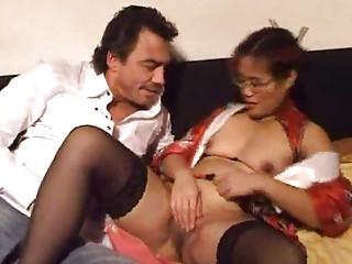 Бесплатное порно зрелых азиаток