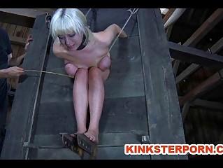 Наказание рабыни онлайн