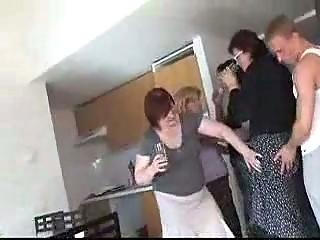 Порно французских зрелых мам