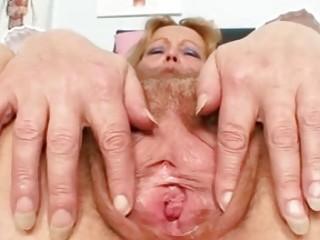 Порно трусы зрелых дам