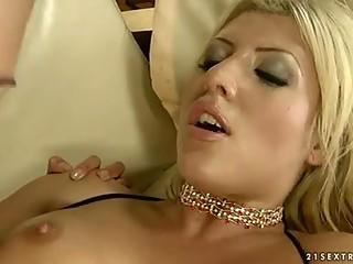 Фаллопротезы и секс игрушки в порно скачать